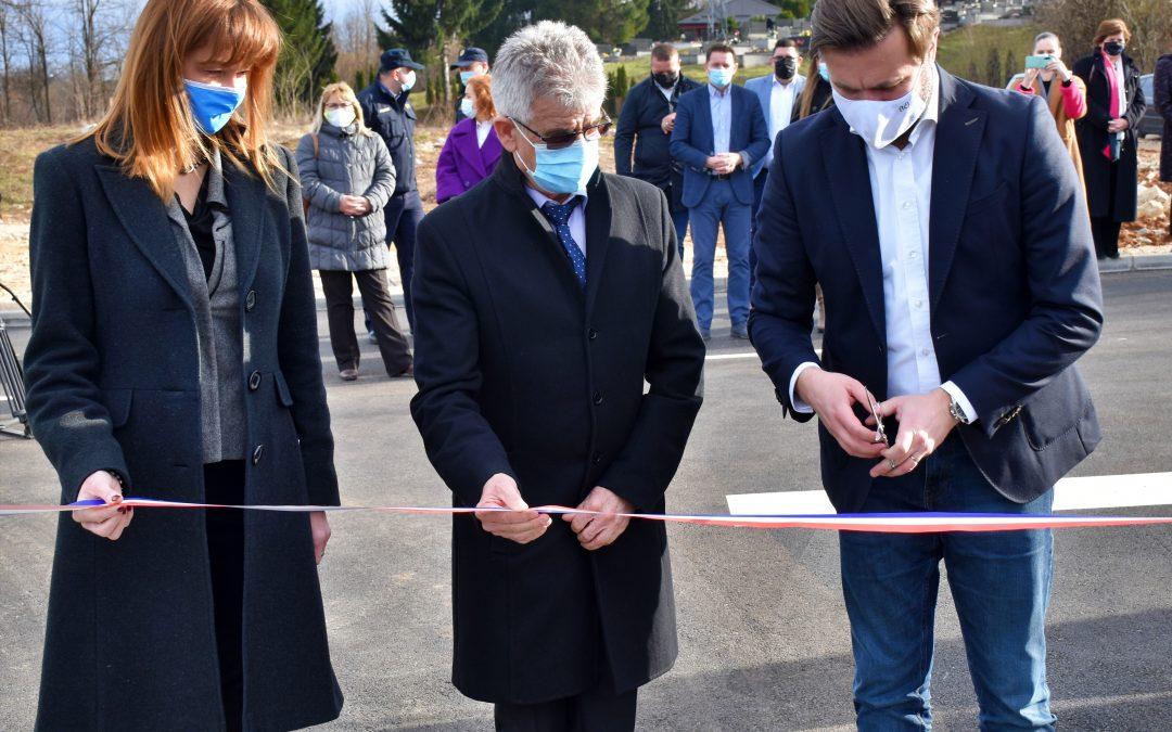Karlovačka županija: Otvoreno 2,5 milijuna kuna vrijedno reciklažno dvorište u Slunju
