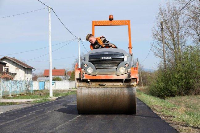 Zagrebačka županija: Županijska uprava za ceste uložit će u ovoj godini 21,7 milijuna kuna, asfaltirat će se oko 60 kilometara cesta