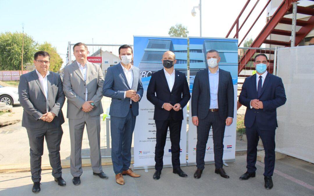 Osječko-baranjska županija: Gradnja nove zgrade za objedinjeni bolnički prijem, dnevnu bolnice i kirurgiju u Osijeku značajan je projekt u zdravstvu za istok zemlje