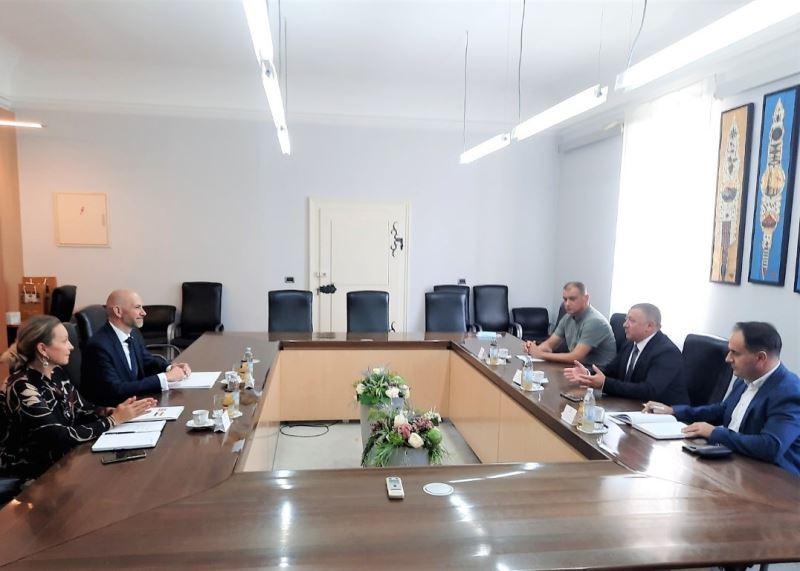Vukovarsko-srijemska županija: Župan Dekanić primio veleposlanika Ujedinjenog Kraljevstva i Sj. IrskeNj.E. Simona Thomasa